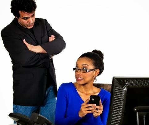 Los malos hábitos que nos pueden costar el trabajo (1)