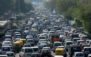 El tráfico afecta la eficiencia laboral